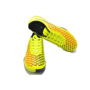 Wholesale Soccer Shoe Outdoor Sport Shoe with Orange/ Yellow pictures & photos