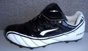 High Quality Soccer Football Shoes (B15203) pictures & photos