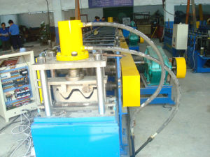 Guardrail Roll Forming Machine for Highway Barrier Guardrail pictures & photos