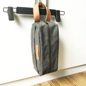 Custom High Qaulity Canvas Men Shaving Bag for Travel Wholesale pictures & photos