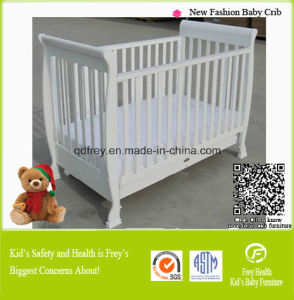 Pine Wood Baby Cot Children Furniture Baby Product pictures & photos