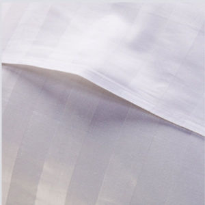 Cotton 1cm/3cm/5cm Stripe Hospital Flat Sheets (DPFB80104) pictures & photos