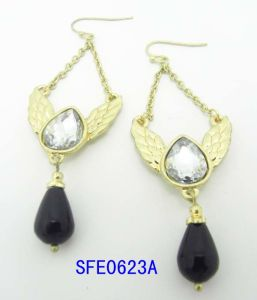 Fashion Jewelry Wings of an Angel Shaped with Crystal Earring Jewelry (SFE0623A)
