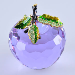 Wholesale Crystal Apple Paperweight for Holiday Souvenir Gift pictures & photos