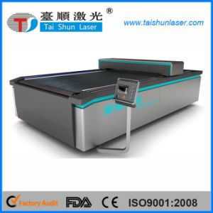 Cloth Auto Feeding CO2 Laser Cutting Machine pictures & photos