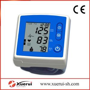 Hospital Wrist Digital Electrical Sphygmomanometer pictures & photos