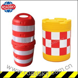 Portable Road Traffic Plastic / PE Anti Bump Barrel pictures & photos