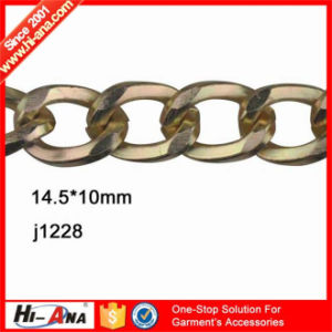 Using Eco-Friendly Materials Top Quality Golden Chain pictures & photos