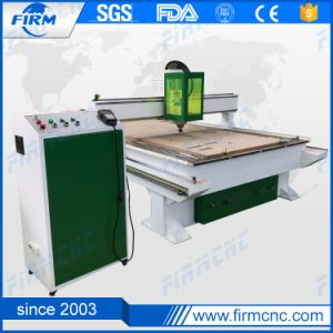 Wood/MDF/Plywood/Plastic China High Quality CNC Router Machine pictures & photos