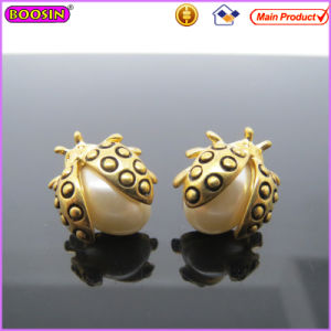 Gold Ladybird Big Pearl Female Earrings (22028) pictures & photos