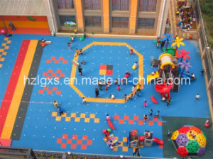 Colored Surface Rubber Flooring Mat for Playground pictures & photos
