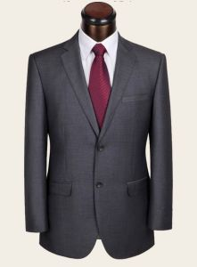 Bespoke 100% Wool Grey Suit for Mature and Sedate Man pictures & photos