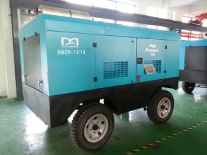 Mobile Diesel Engine Screw Air Compressor for Mining Rock Drilling pictures & photos