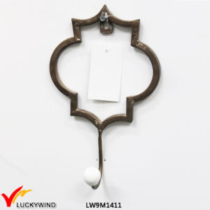 Hot Sale Wholesale Shabby Chic Artificial Decorative Iron Wall Hooks pictures & photos