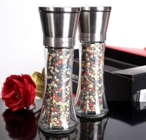 Hot Sell Hand-Operated 100-500ml Pepper Mill Spice Pepper Grinder Bottle pictures & photos