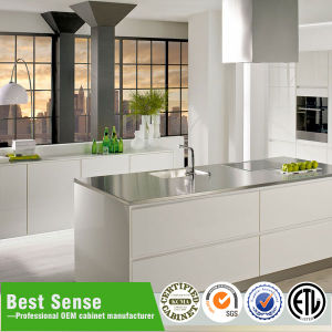 High Quality Cheap White Wood Kitchen Cabinets pictures & photos