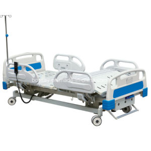 Advanced Electric and Manual Hospital Bed pictures & photos