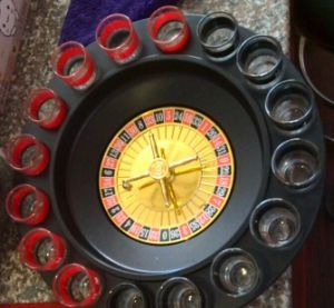 16 Shot Roulette Drinking Game Set. Drinking Chess Set, Drinking Roulette Set pictures & photos