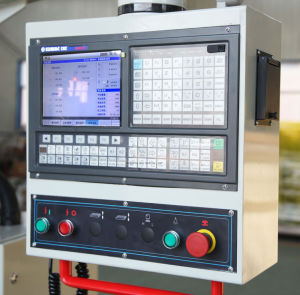 China High Precision Siemens Controller CNC Milling Machine (XK6325) pictures & photos