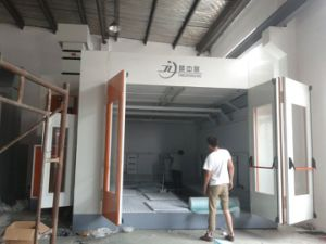 Automobile Car Spray Booth with Heating Recycling System pictures & photos