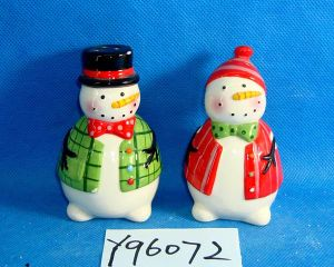 Ceramic Snowmen Salt and Pepper Shakers Set pictures & photos