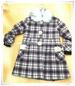 Warm Kids Wear Coat for Girl, Children Apparel pictures & photos