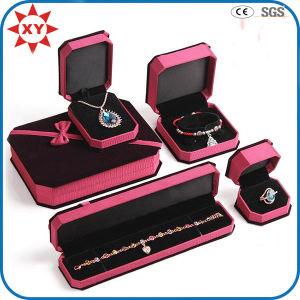Custom Velvet Jewelry Wedding Gift Box pictures & photos