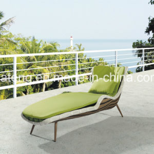 Top Brand Handmade High Quality Single Daybed Rattan Lounge pictures & photos