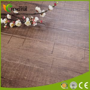 2017 Popular Flooring That Looks Like Wood Environmental PVC Flooring pictures & photos