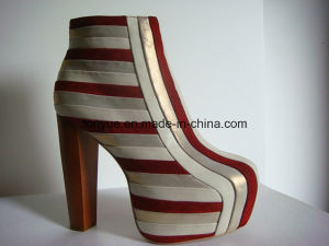 Lady Leather Colored Stitching Upper Wooden with Square Heel High Shoes pictures & photos