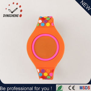 2016 Hot Sell LED Lighting Wristwatch for Unisex′s Watch (DC-2358) pictures & photos