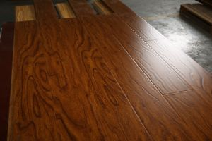 12mm Wood Grain U-Groove Laminate Floor pictures & photos