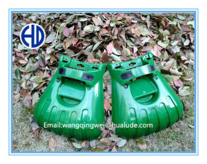 Plastic Garden Tool Hand Leaf Scoop Leaf and Grass Collector pictures & photos