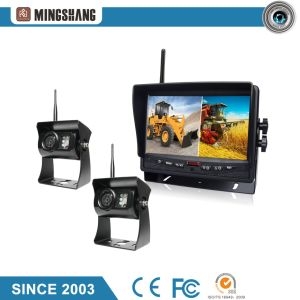 "E-MARK Certified IP69k Wireless Rear View Camera with Split 7"" Car Monitor pictures & photos"