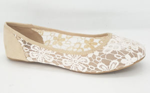 Women′s Fashion Lace Flat Ballet Shoes pictures & photos