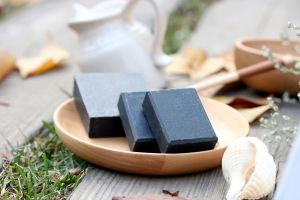 Bamboo Charcoal Handmade Soap for Blackhead Removing pictures & photos
