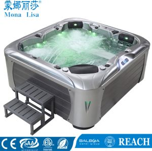 2017 New Cool 6 Person Home Villa Garden Hot Whirlpool Tub pictures & photos