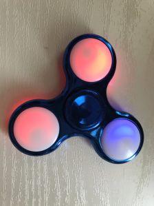 New Design High Quality Fidget Triple Finger Spinner LED Light pictures & photos