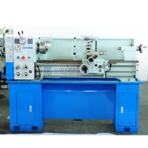 Universal Bench Engine Gap Bed Lathe Machine with Price (CZ1340A CZ1440A) pictures & photos