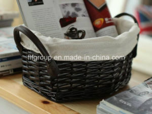 Eco-Friendly Customized Handled Willow Storage Woven Basket with Liner pictures & photos