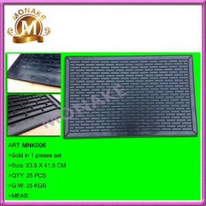 Best Personalized Auto / Car Rubber Floor Mat for Truck (MNK006) pictures & photos
