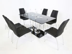 Modern Fashion Temper Glass Top with Stainless Steel Foot Dining Table (NK-DT041) pictures & photos