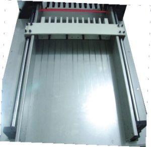 Hydraulic Paper Cutter with 80mm Cutting Height H490p pictures & photos