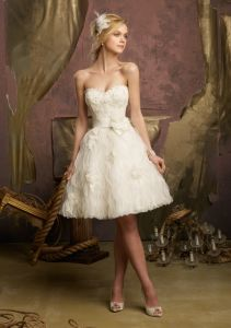 Short Lace Beading Summer Wedding Dresses (WMA011) pictures & photos