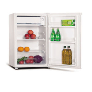 92 Liters Mini Fridge with Freezer Compartment pictures & photos