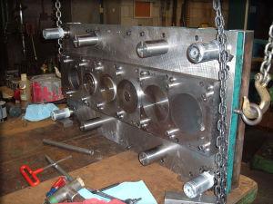 Metal Stamping Precision Progressive Dies (QL-SM-004)
