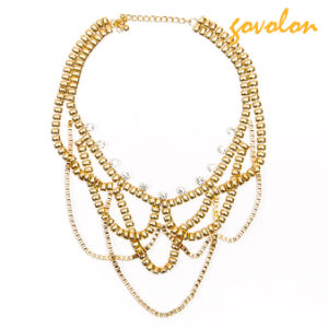 Fashion Golden Necklace with Rhinestone Decorated pictures & photos