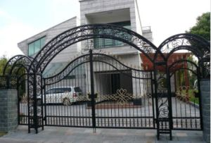 Decorative Wrought Iron Security Entrance Gates pictures & photos