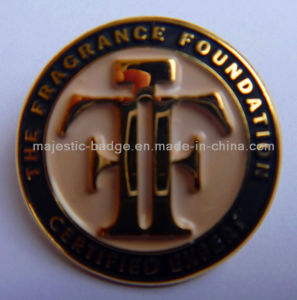 Customized Soft Enamel Plating Gold Pin pictures & photos