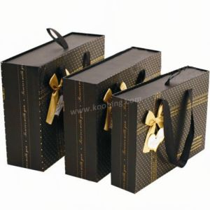 OEM Custom Fuctionable and Exquisite Gift Box Suit pictures & photos